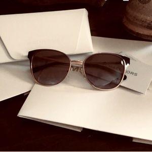 🔳MICHAEL KORS Tia Designer Sunglasses